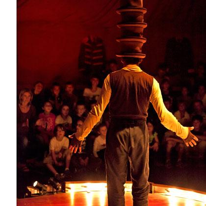 Betes-de-Foire--web420chapeaux--photo-VincentMuteau